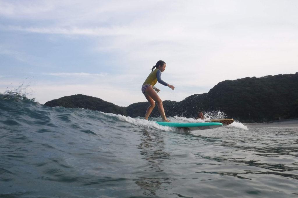 ブライン サーフショップ キャンプ キャッチサーフ KIDS テイクオフ brine surf shop camp catch surf
