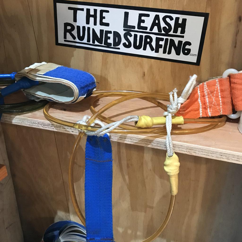 ブライン サーフショップ カリフォルニア トリップ the leash ruined surfing