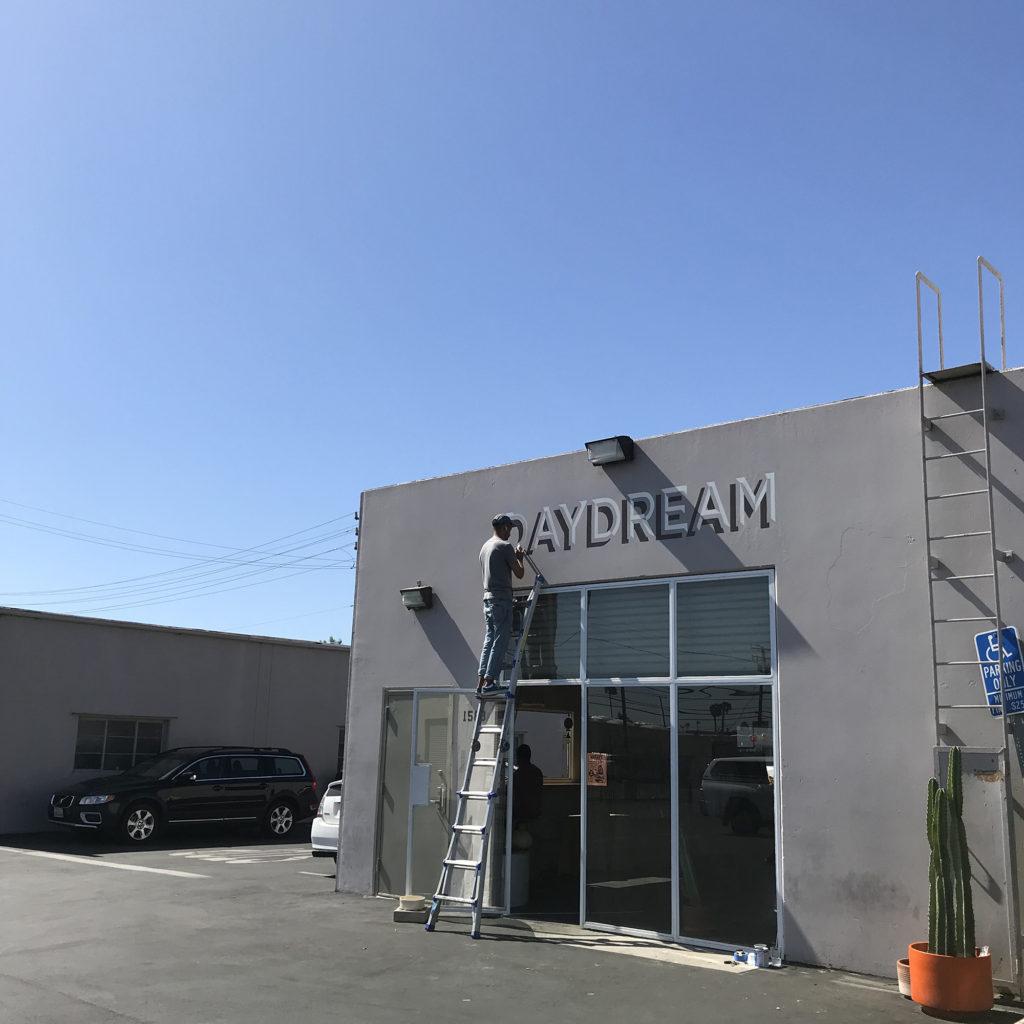 ブライン サーフショップ カリフォルニア トリップ コスタメサ day dream brine surf shop