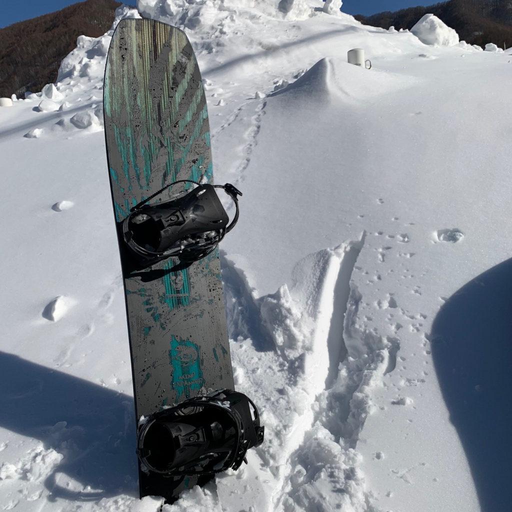 jones snowboards christenson mind expander brine ブライン